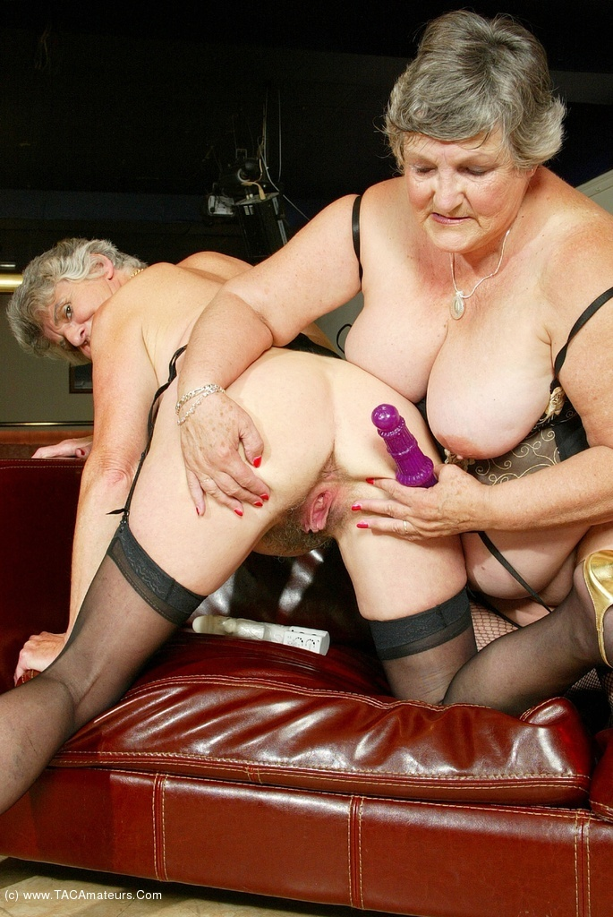 Granny fucks in strip club tuce
