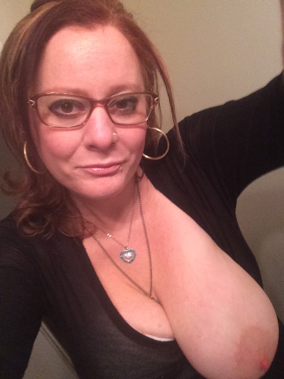 kinky-slut-mom-with-big-tits